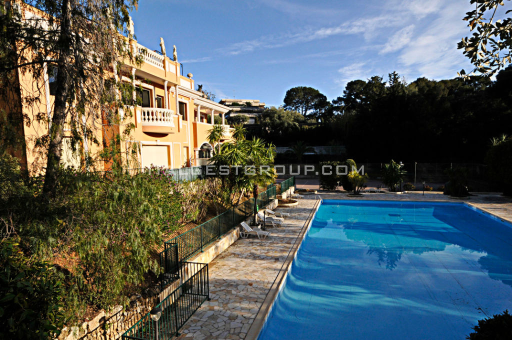 Cap Martin LUXUEUX 4 PIECES 130 m2 - Parking sous sol, cave